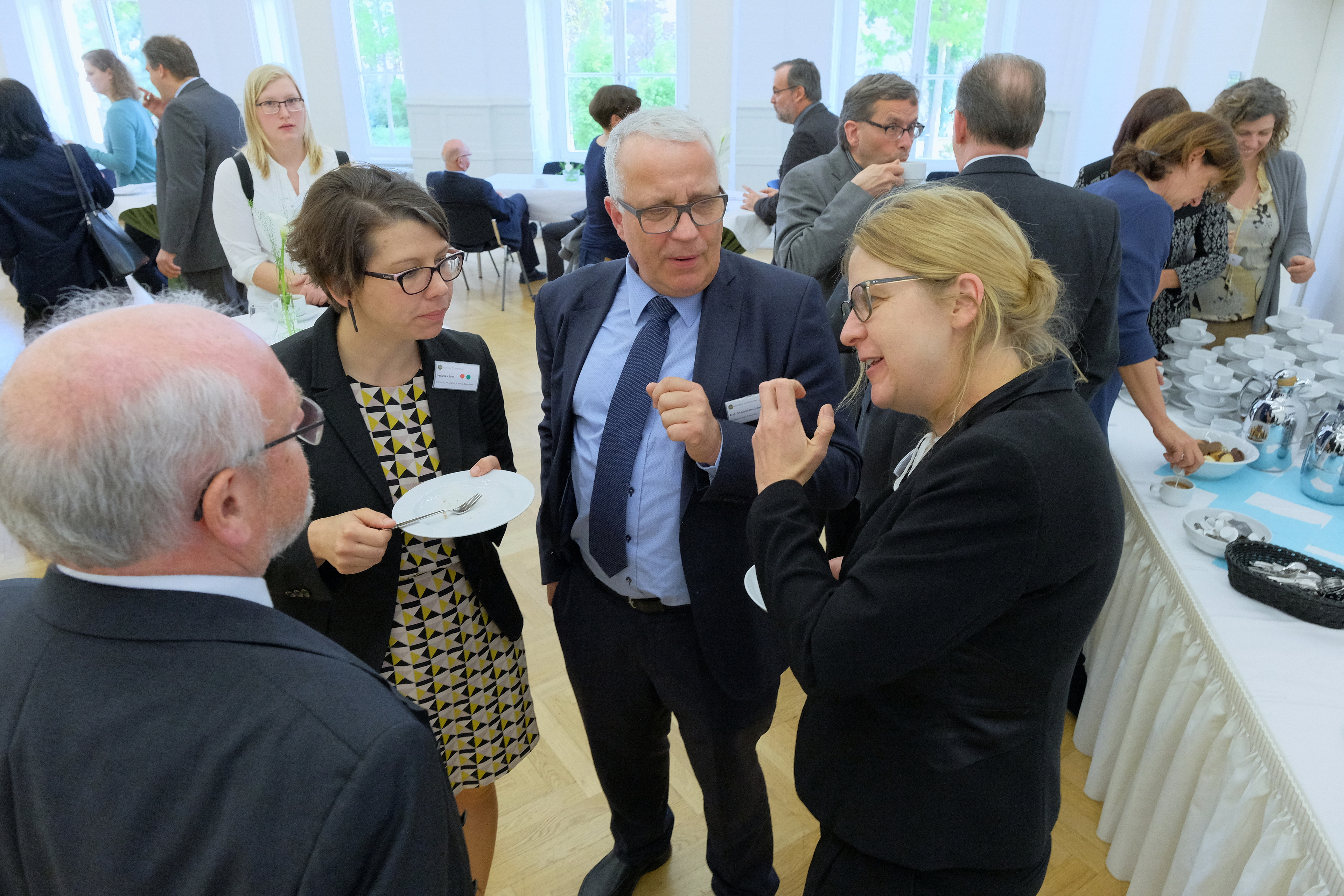 Chairwoman Daniel Thraen of the German Bioeconomy Council at a conference break (Foto: Michael Deutsch).JPG
